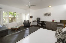 Hotel Room Deluxe at Ramada Port Douglas