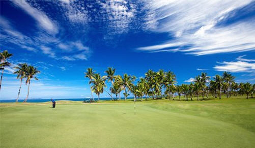 Play golf in Fiji