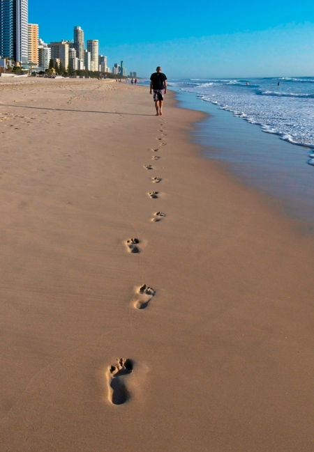 Surfers Paradise - footprints