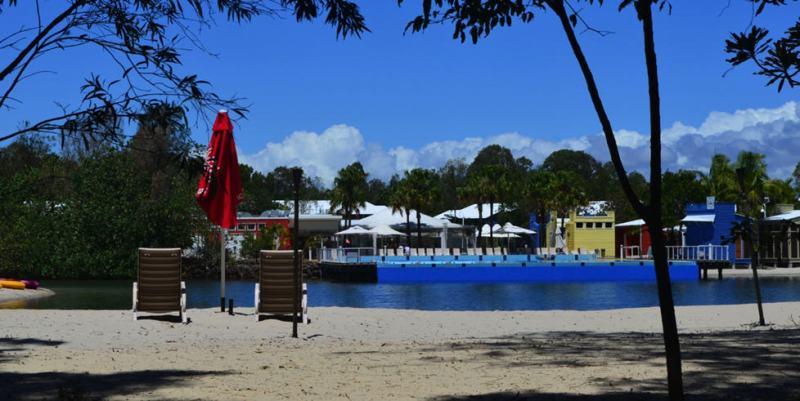 Ramada Couran Cove
