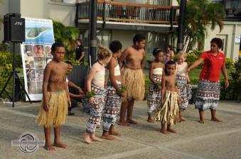 kids performing
