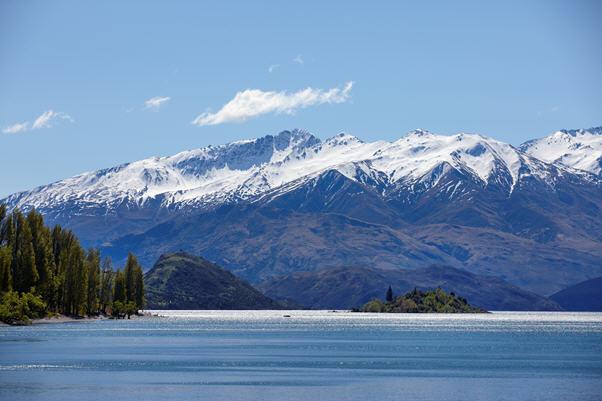 Wanaka's mountain range, New Zealand